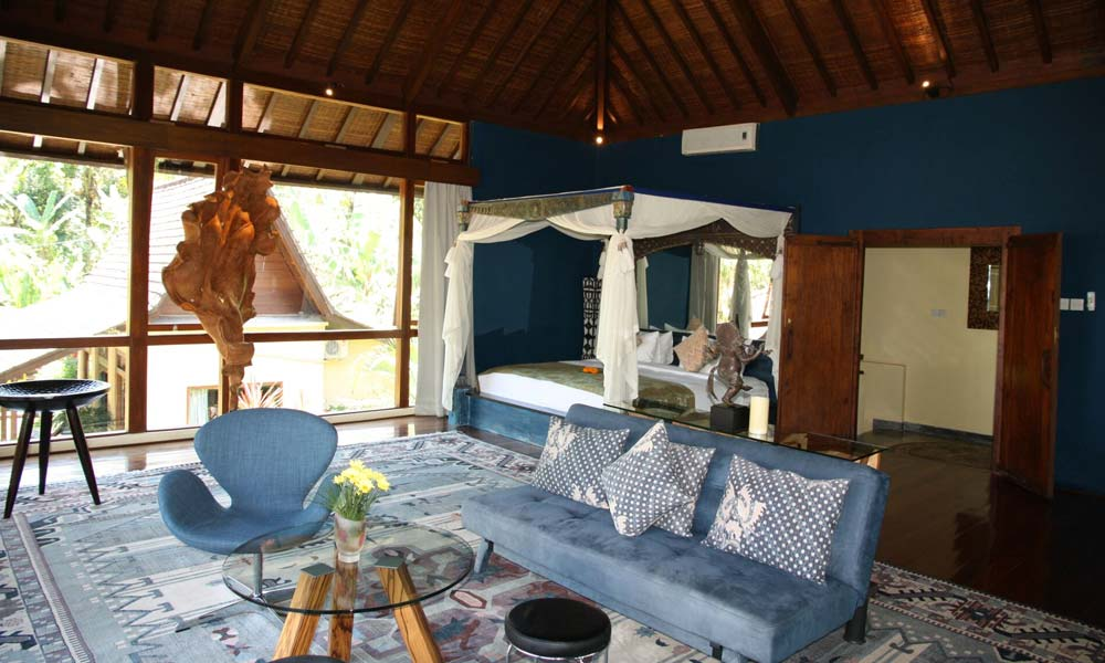 Open-sided living room at Villa Bodhi