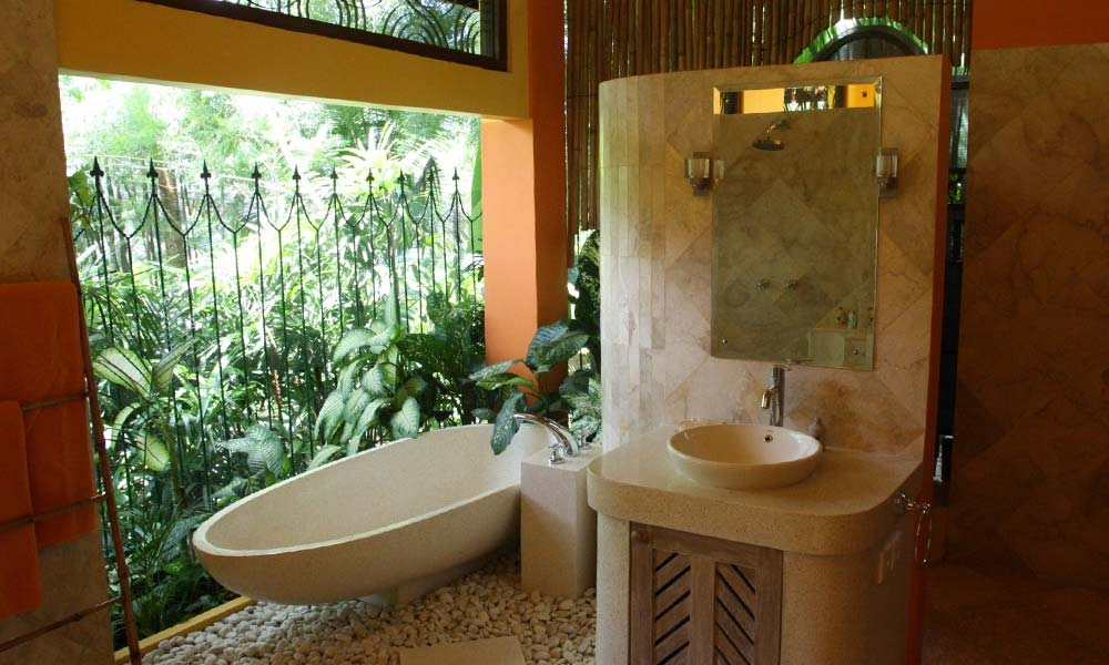 Luxurious bathrooms at Villa Umah Shanti