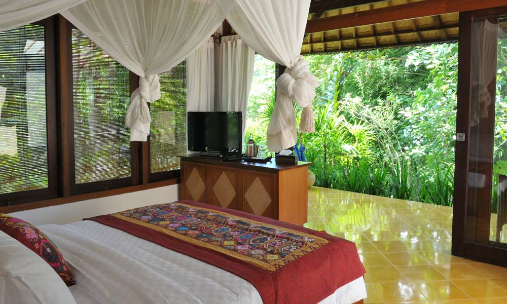 Luxurious bedroom at Villa Umah Shanti